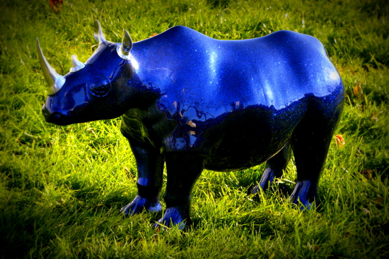 Best Rhinoceros Bleu Gallery - House Design - marcomilone.com